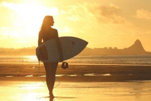 Surfing กีฬาโต้คลื่นที่คุณอาจหลงรักได้ไม่ยาก แค่กล้าที่จะลอง